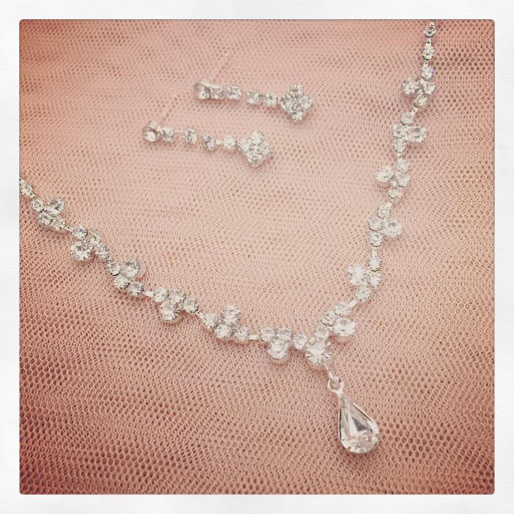 18. Izzy – Jewellery Set