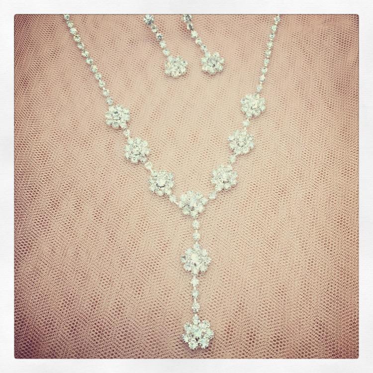 2. Louisa – Jewellery Set
