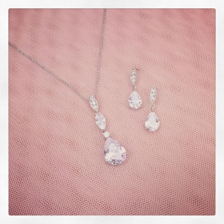 32. Hattie in Silver – Jewellery Set