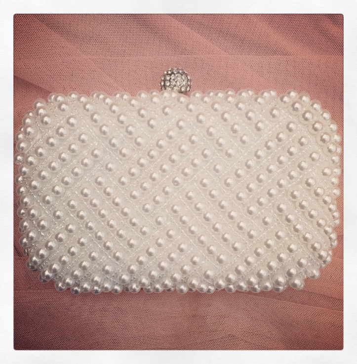 3a. Pearl Moment – Clutch
