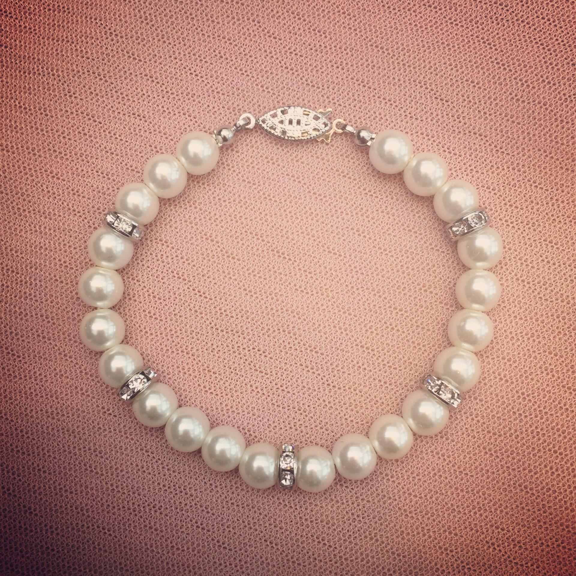 6. Glory – Bracelet