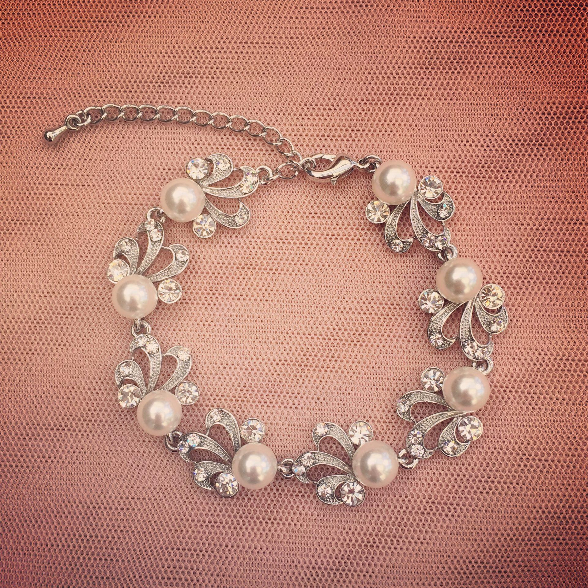9. Gatsby – Bracelet
