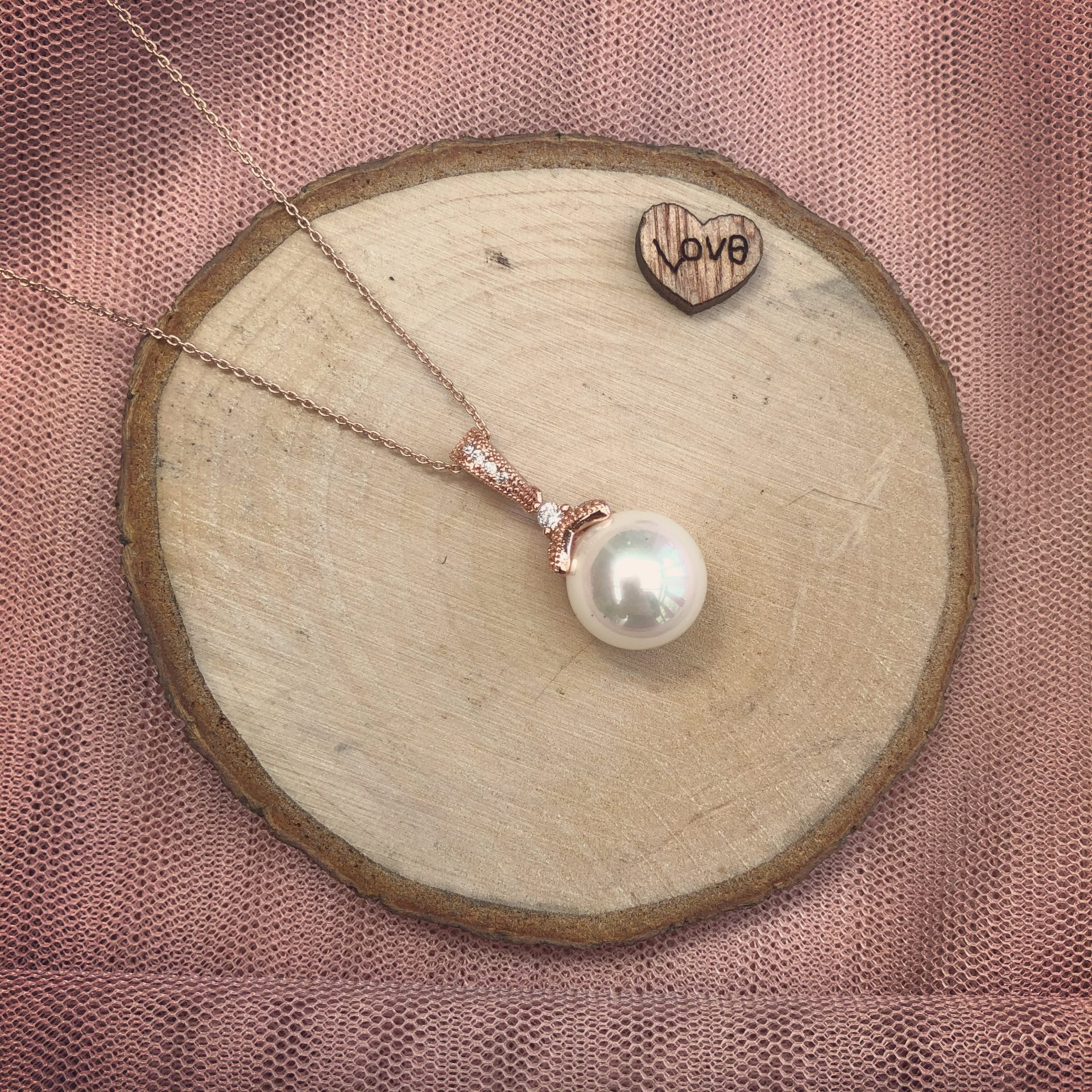 Old Romantic in Rose Gold