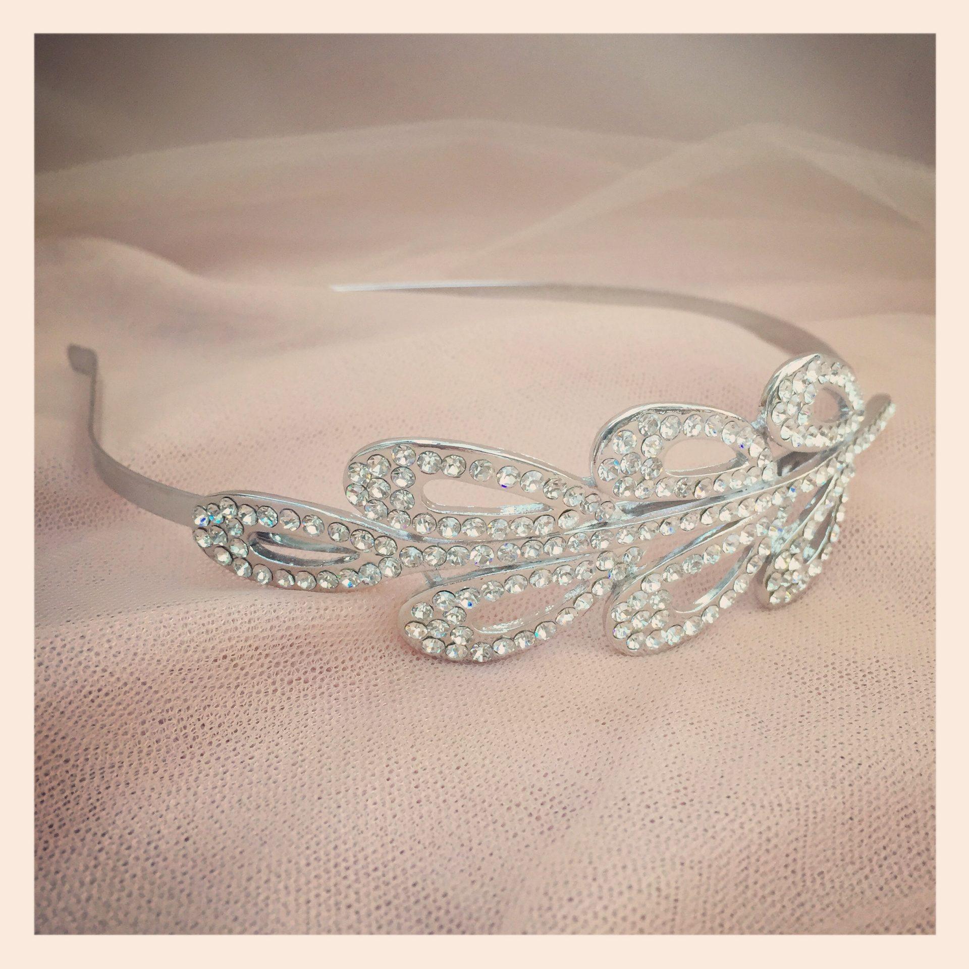 8a. Divine – Headband