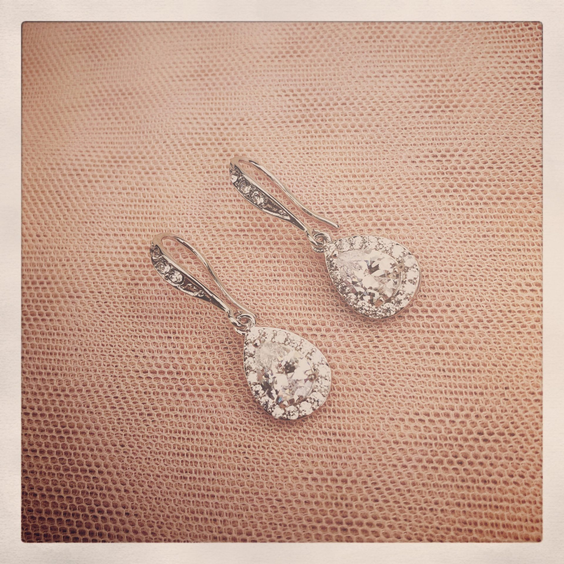 17. Felicity in Silver – Earrings