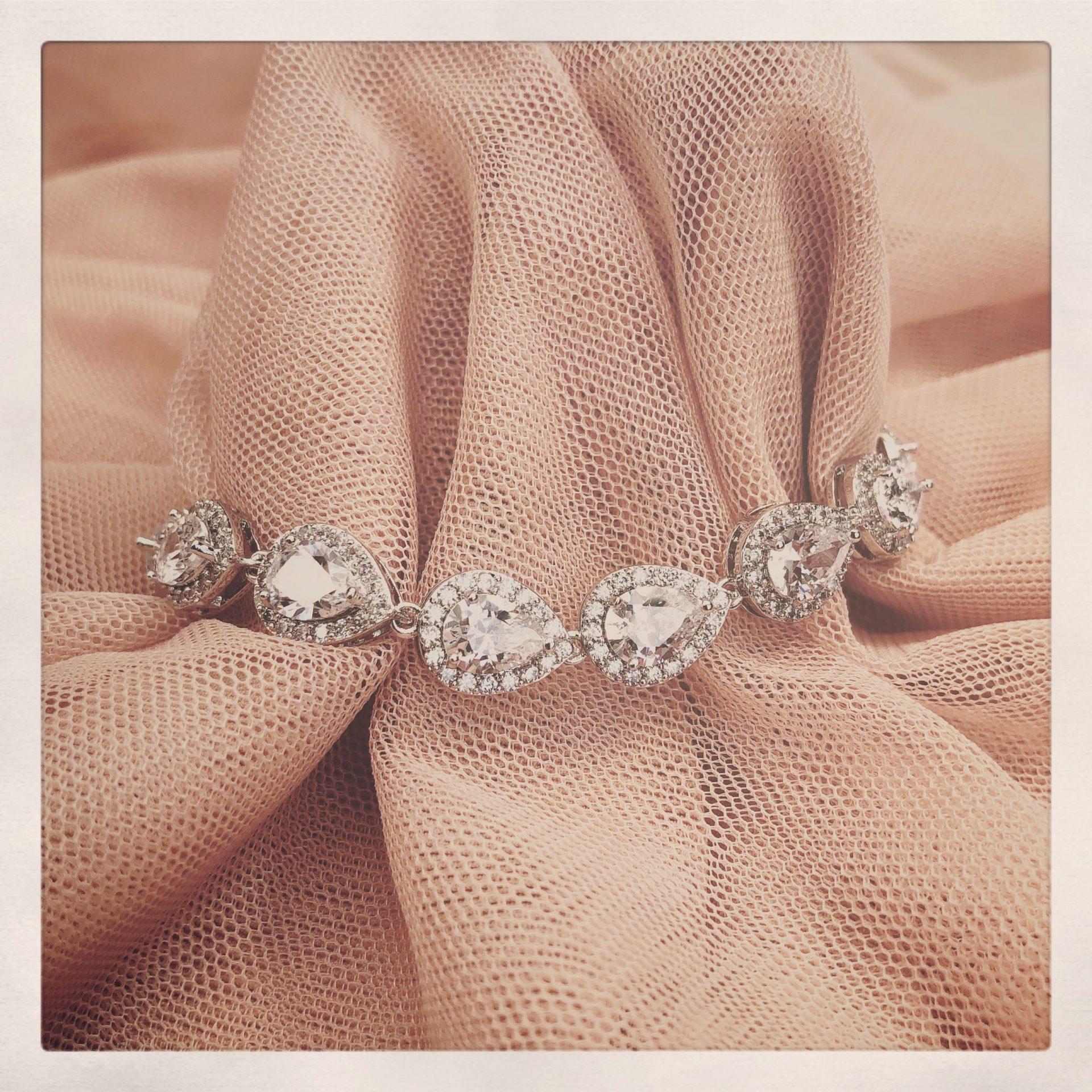 26. Felicity in Silver – Bracelet